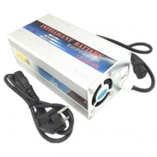 Зарядное устройство LiFePo4 12 В с переключателем 10 А / 20 А